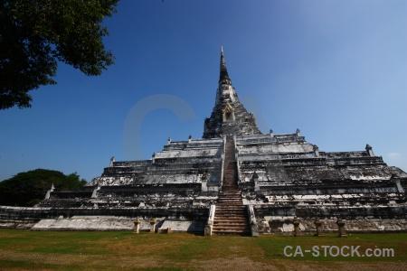 Stupa chedi phukhao thong wat phu khao thailand asia.