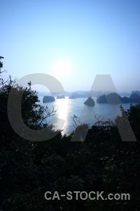 Sun unesco island vietnam vinh ha long.