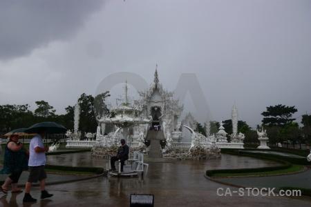 Temple chiang rai wat rong khun white person.