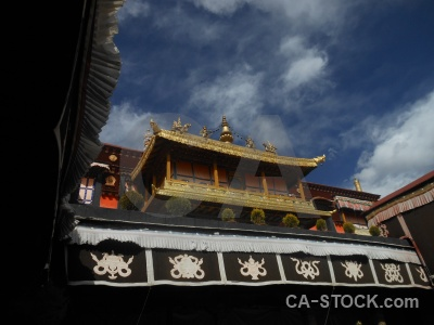 Temple gold building lhasa china.