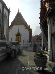 Temple of the emerald buddha grand palace southeast asia buddhist royal.