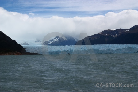 Terminus perito moreno argentina cloud lago argentino.