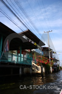Thailand damnoen saduak building ton khem canal.