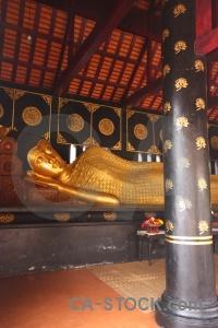 Thailand wat chedi luang pillar buddha column.