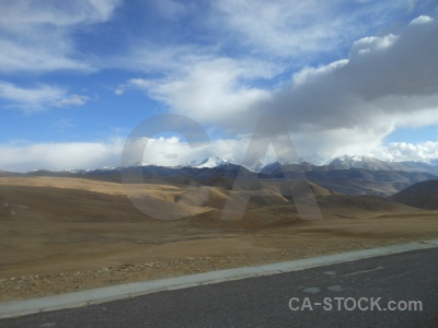 Tibet plateau mountain altitude east asia.