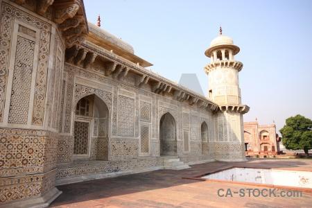 Tomb baby taj india mausoleum tower.