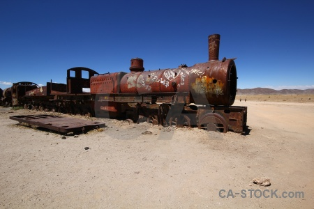 Train cemetery funnel sky wreck uyuni.