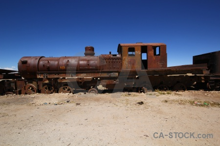 Train cemetery uyuni vehicle altitude rust.