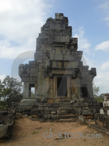 Tree temple angkor ta keo asia.