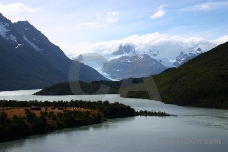 Trek grass patagonia glacier circuit trek.