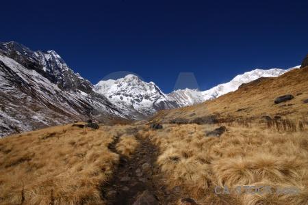 Trek himalayan annapurna sanctuary trek snowcap sky.