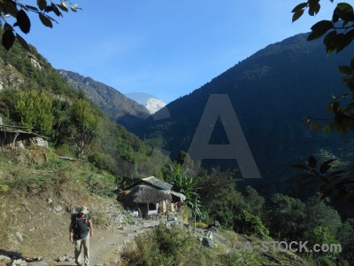 Trek nepal annapurna sanctuary sky building.