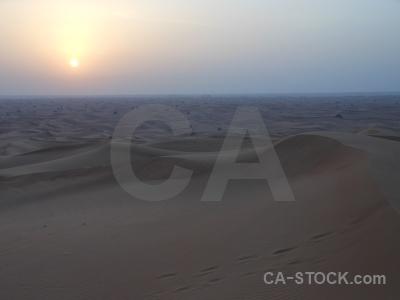 Uae sun dune asia desert.
