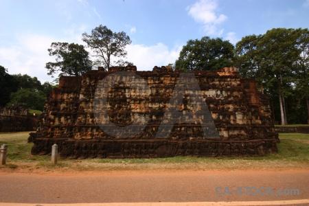 Unesco buddhist carving khmer asia.
