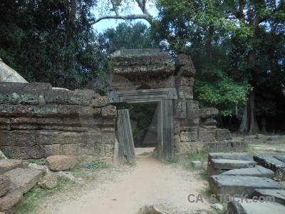 Unesco buddhist ruin ta prohm siem reap.