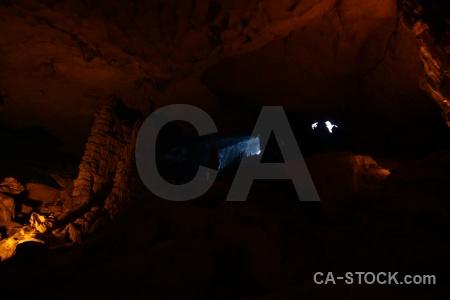Unesco cave vietnam ha long bay vinh.