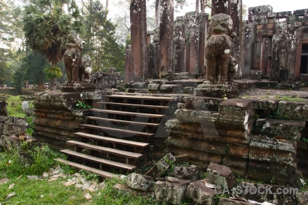 Unesco sky siem reap angkor thom block.