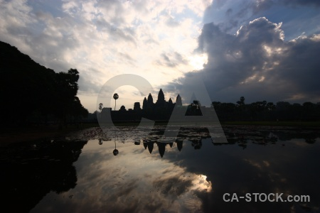 Unesco sunset cambodia pond buddhist.