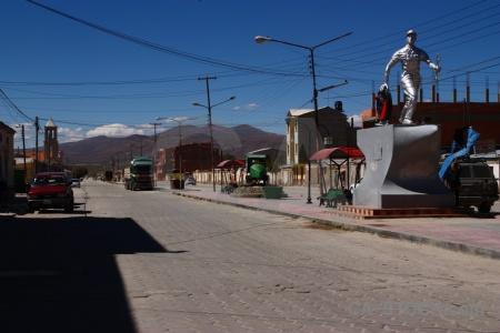 Uyuni vehicle building altitude south america.