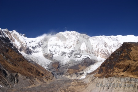 Valley trek himalayan base camp south asia.