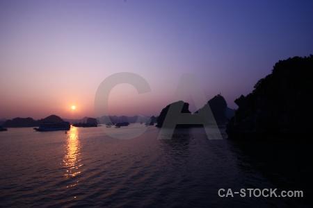 Vehicle ha long bay silhouette water southeast asia.