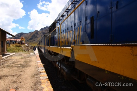Vehicle train andes altitude andean explorer.