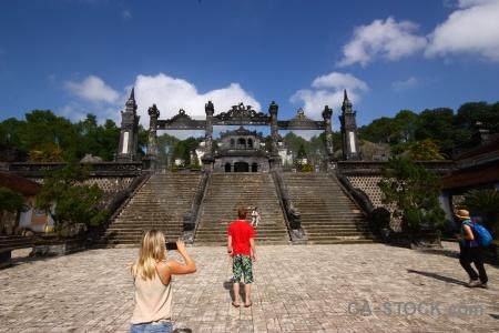 Vietnam staircase hue asia lang khai dinh.