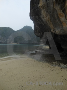 Vinh ha long asia sand southeast beach.