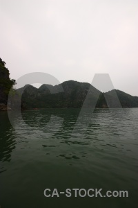 Vinh ha long bay unesco island water.