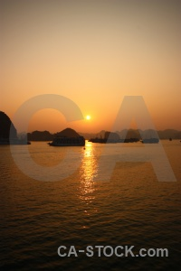 Vinh ha long sea sunset sunrise water.