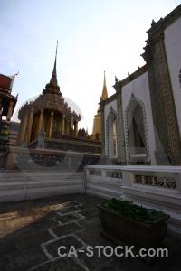 Wat phra kaeo royal palace gold temple ornate.
