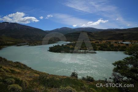 Water circuit trek paine river torres del patagonia.
