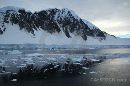 Water gunnel channel cloud sea ice south pole.