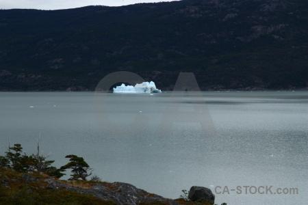Water lake grey chile lago ice.