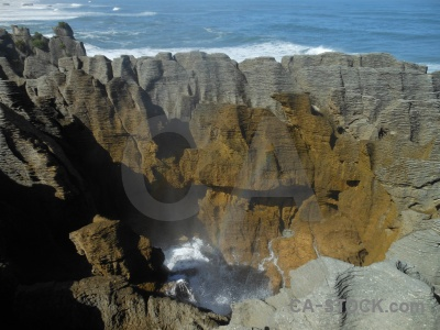 Water pancake rocks new zealand sea limestone.