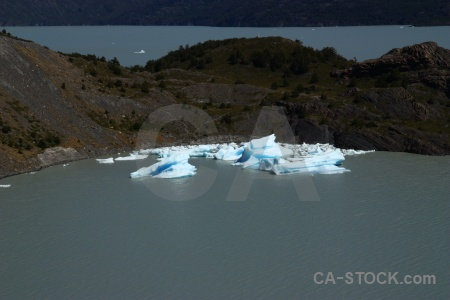 Water trek lake grey iceberg moraine.