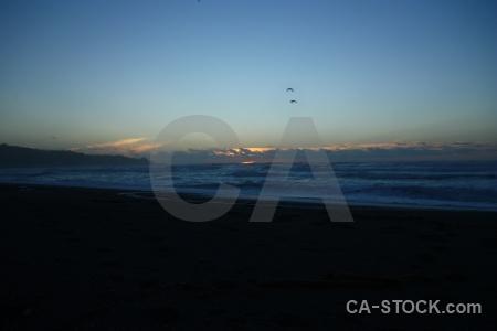 West coast sky wave sunset punakaiki.