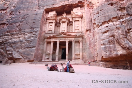 Western asia column unesco middle east petra.