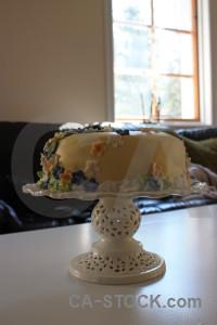 White food cake.