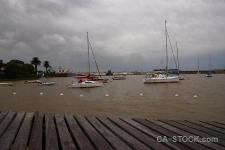 Wood cloud muelle de yates water uruguay.