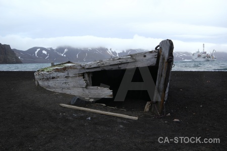 Wood mountain south shetland islands vehicle boat.