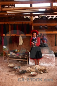 Wool making peru person woman chinchero.