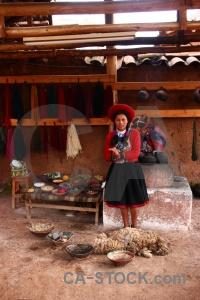 Wool making peru person woman chinchero.