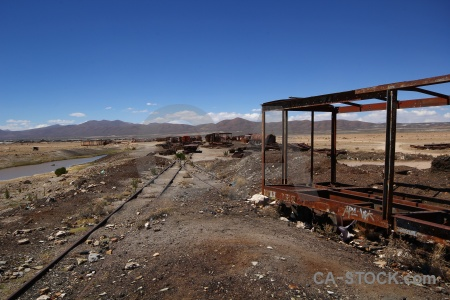 Wreck vehicle train cemetery altitude uyuni.